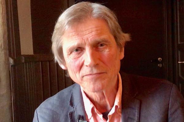 Psykolog-spesialist Einar C. Salvesen: Konsul Slawomir Kowalski fortjener en medalje av Erna Solberg